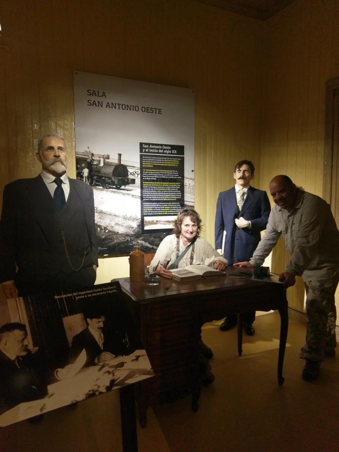 Visitando la casa museo de Jacobacci